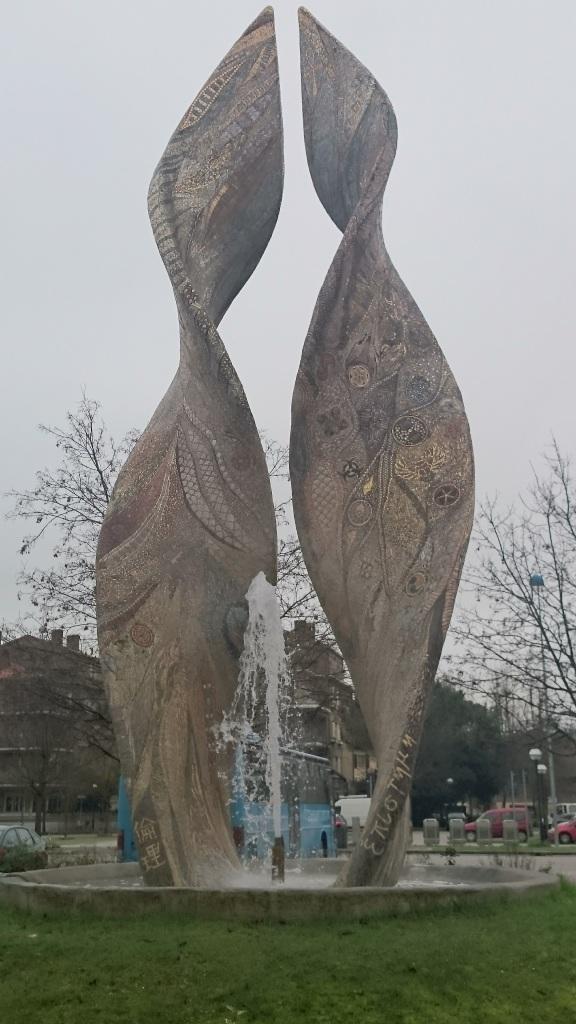 piazza-della-resistenza-fontane 3 Tage - 3 Städte