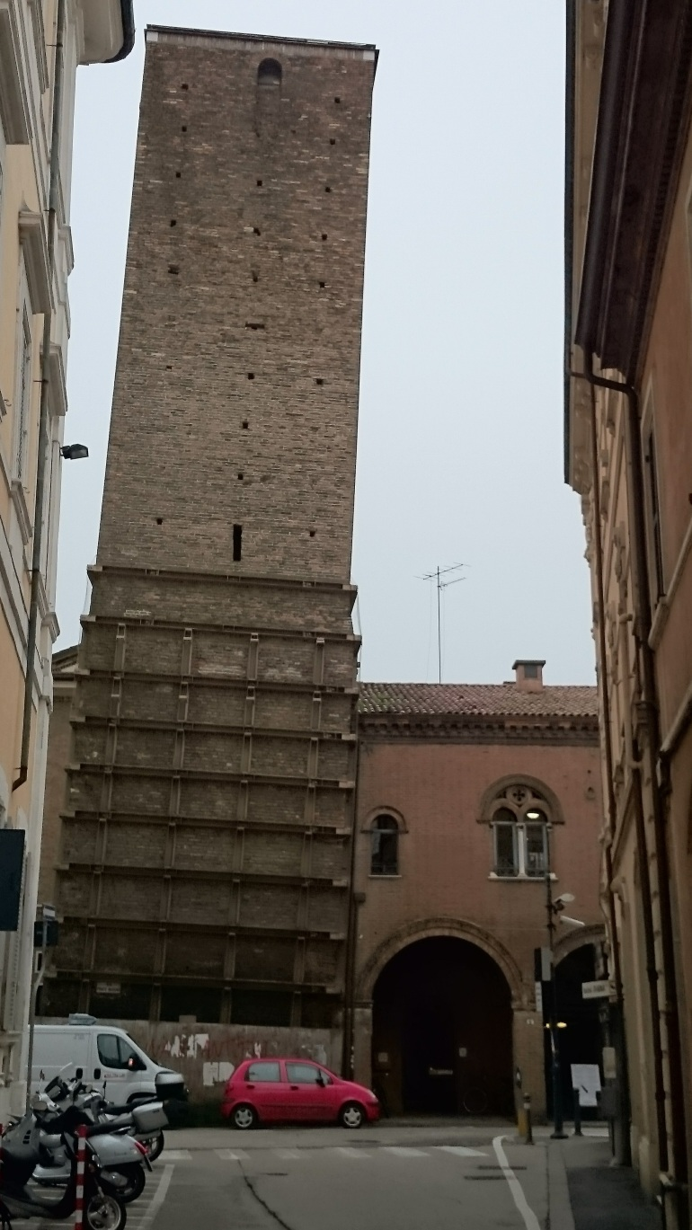torre-pendente-ravenna 3 Tage - 3 Städte